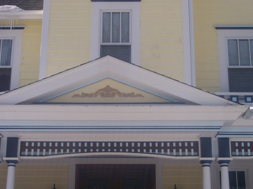 Victorian style finished trim